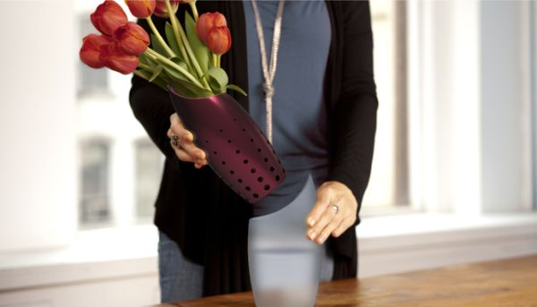Hana vase combines elegance with functionality