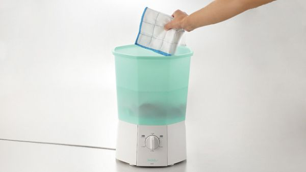 Swash - A Japanese tabletop washing machine