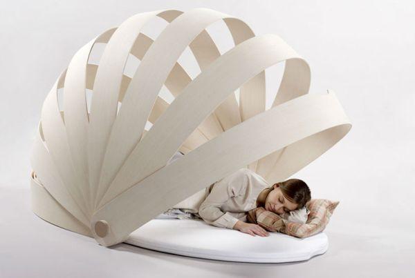 Abri-Boca is a flexible semi-private space