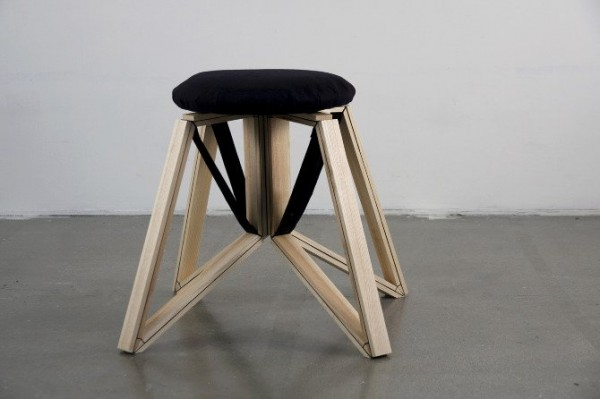 Spin folding stool