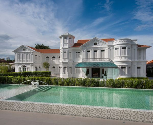 Macalister Mansion boutique hotel