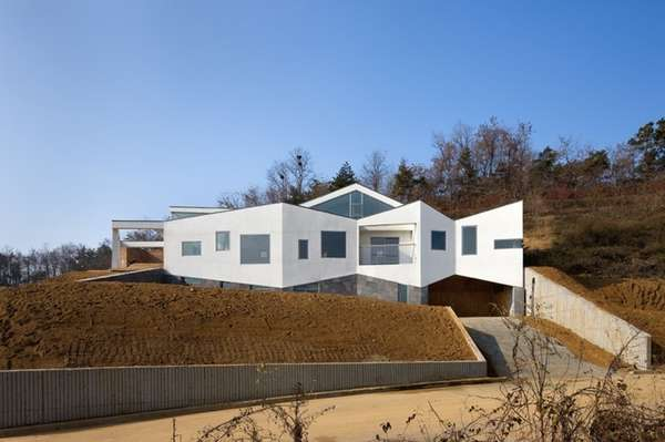 Panorama House by Moon Hoon