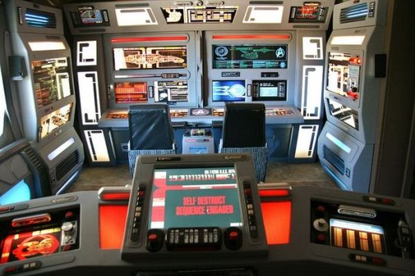 Steve Nighteagle's Star Trek themed house