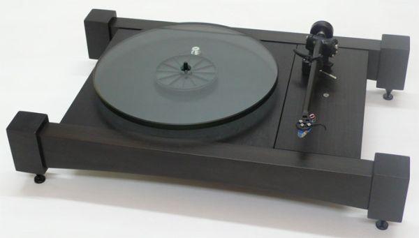 Audiowood's Big Easy turntable
