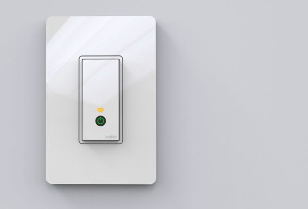Belkin internet controlled light switch WeMo