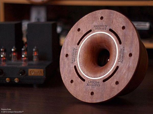 Unique Acoustics compact speakers
