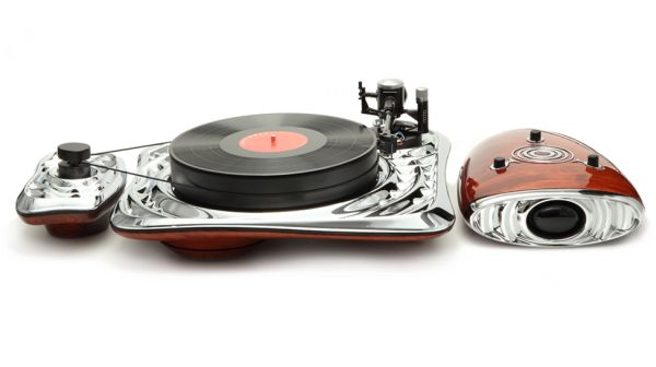 Calliope turntable by Deniz Karasahin