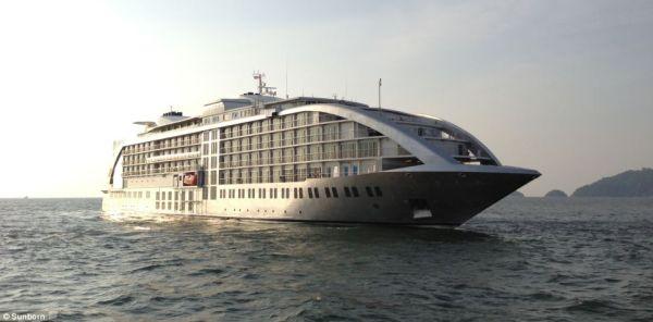 Gibraltar SunBorn Yacht Hotel