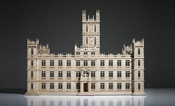 Linley's mini Highclere Castle