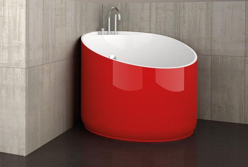 Mini Bathtub by Glass Design