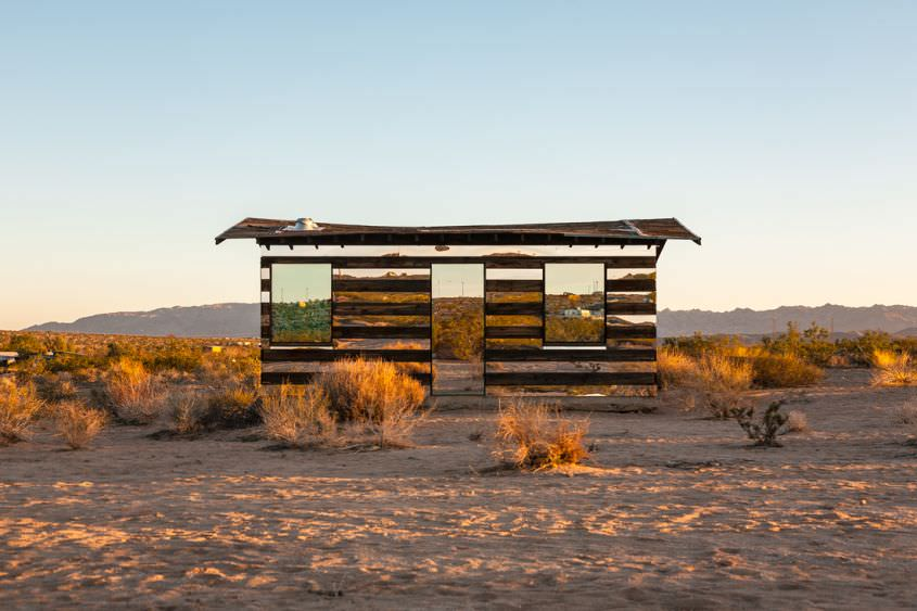Lucid Stead mirror house in the middle of Californian desert by Phillip K Smith III