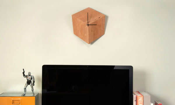 3P clock by Leonardo Calcagno