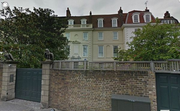 Hans Rausing buys Roman Abramovich mansion for GBP28.5m