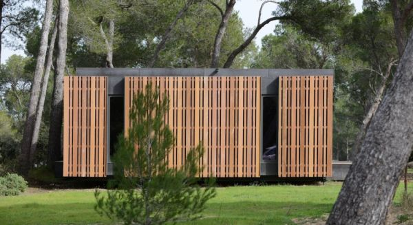 Pop-Up House by Multipod Studio