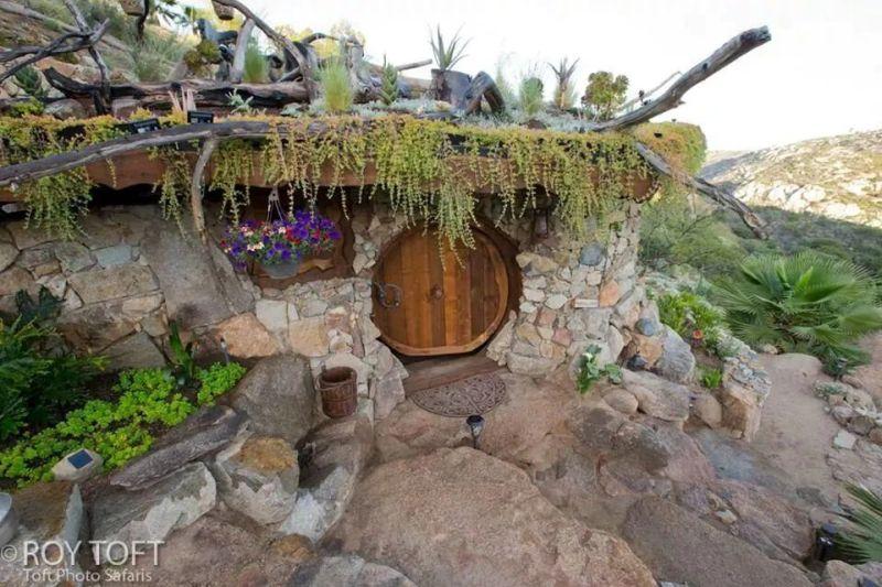 Hobbit Homes from Around the World