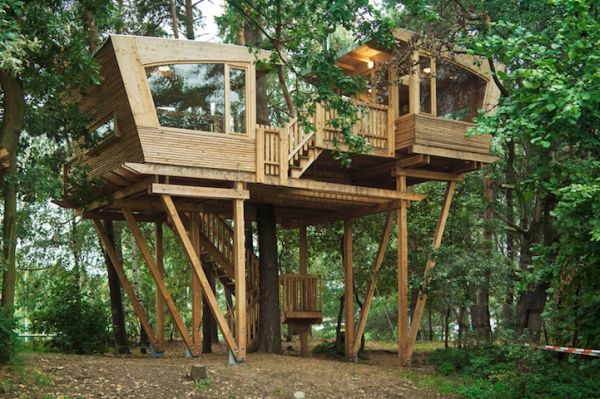 Almke Treehouse by Baumraum