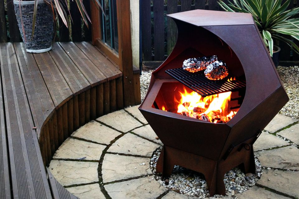 Decahedron Barbecue and Firepit
