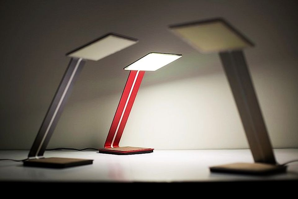 Aerelight World's First OLED Lamp