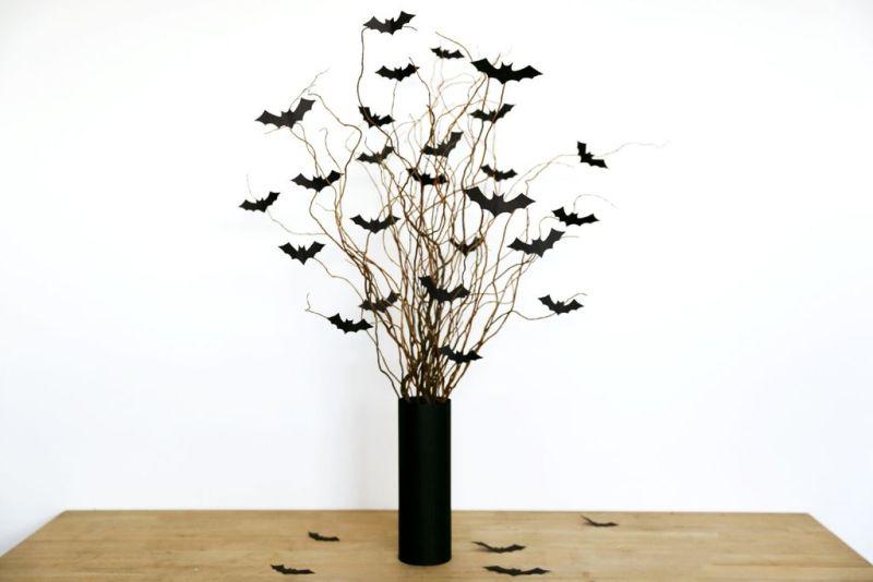 Bat flower vase