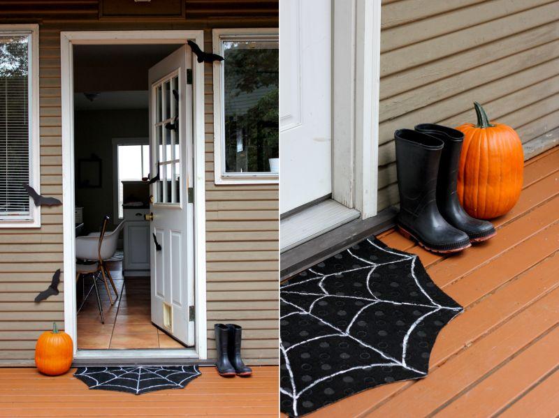 DIY spider web doormat