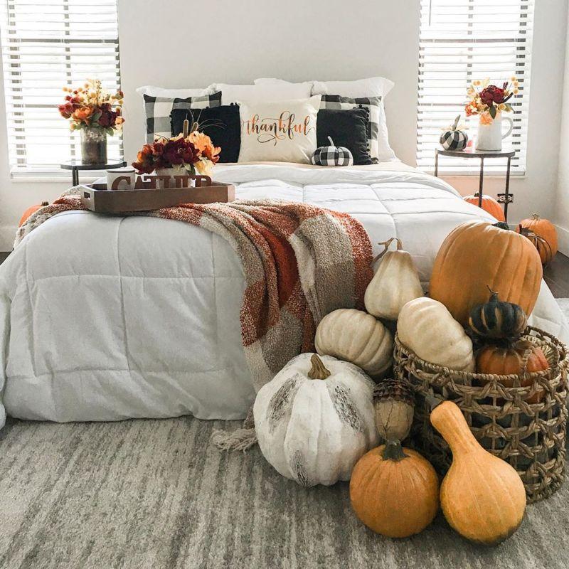 Decorating bedroom with pumpkins for Halloween
