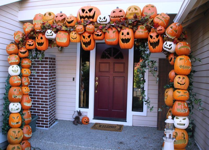 Halloween pumpkin Arch front porch