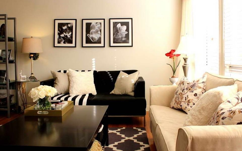 How to decorate your small living room in style