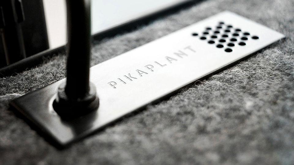 PikaPlant One Shelf Automatically Waters Plants