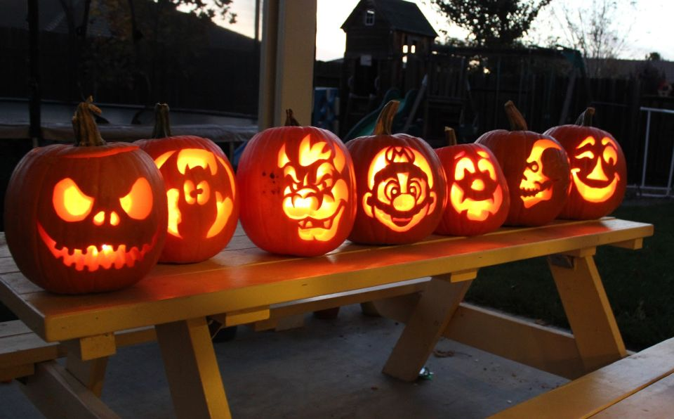 Pumpkin carving patterns for Halloween