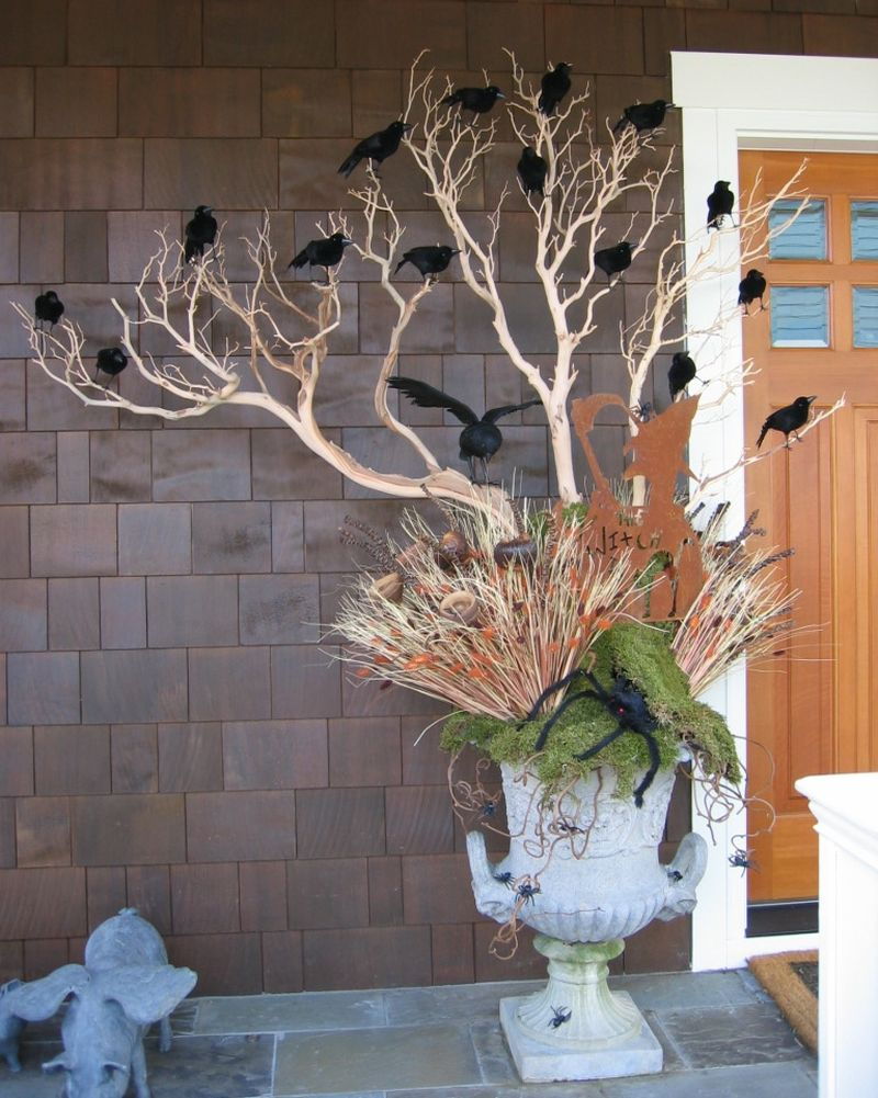Raven decor front porch for halloween