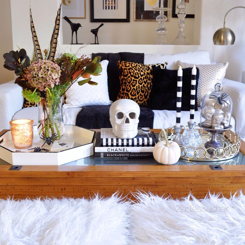 Skull, spiders, and other Halloween props are needful