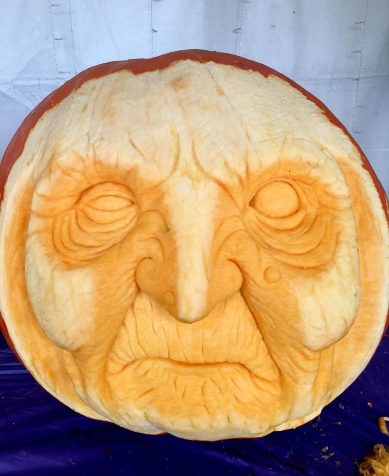Witch pumpkin carving by FloraLunaDesigns