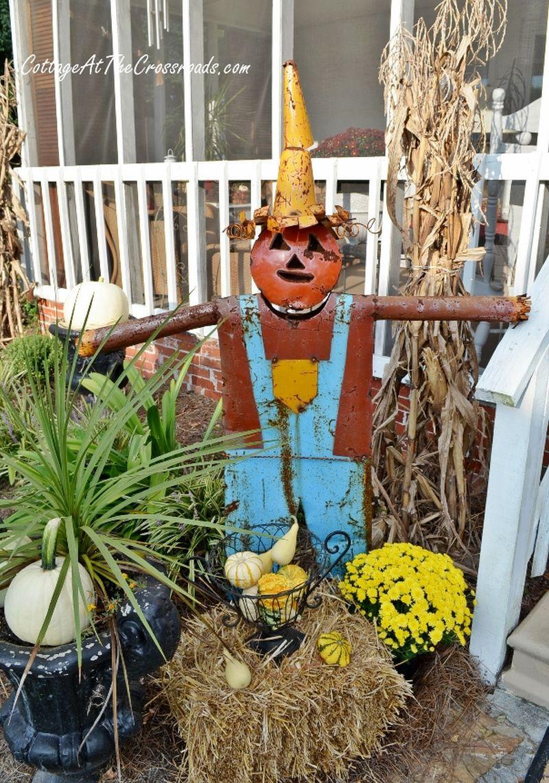 scarecrows for porch halloween