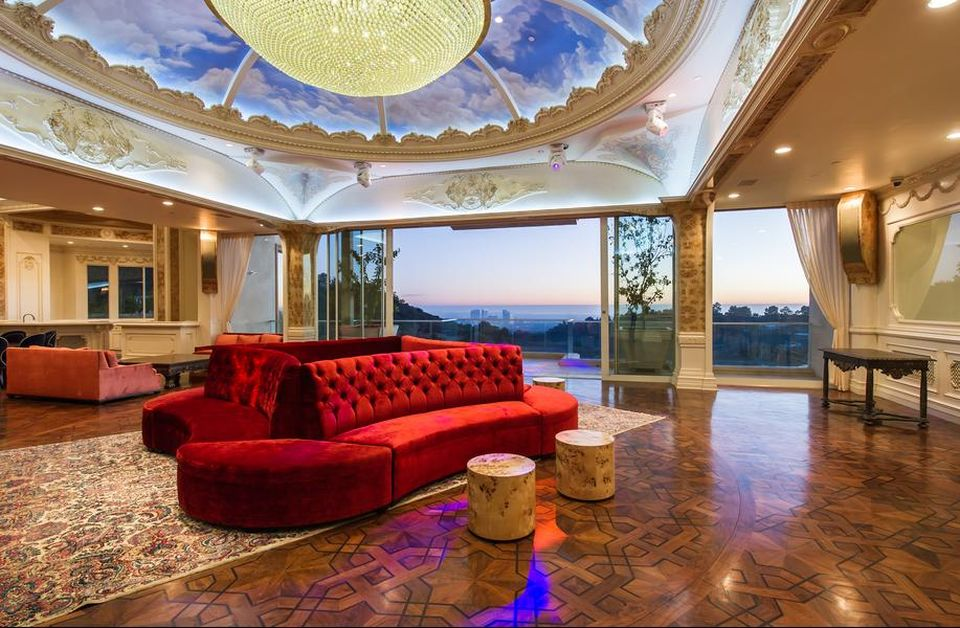 $195 Million Palazzo di Amore Becomes Most Expensive House on Sale