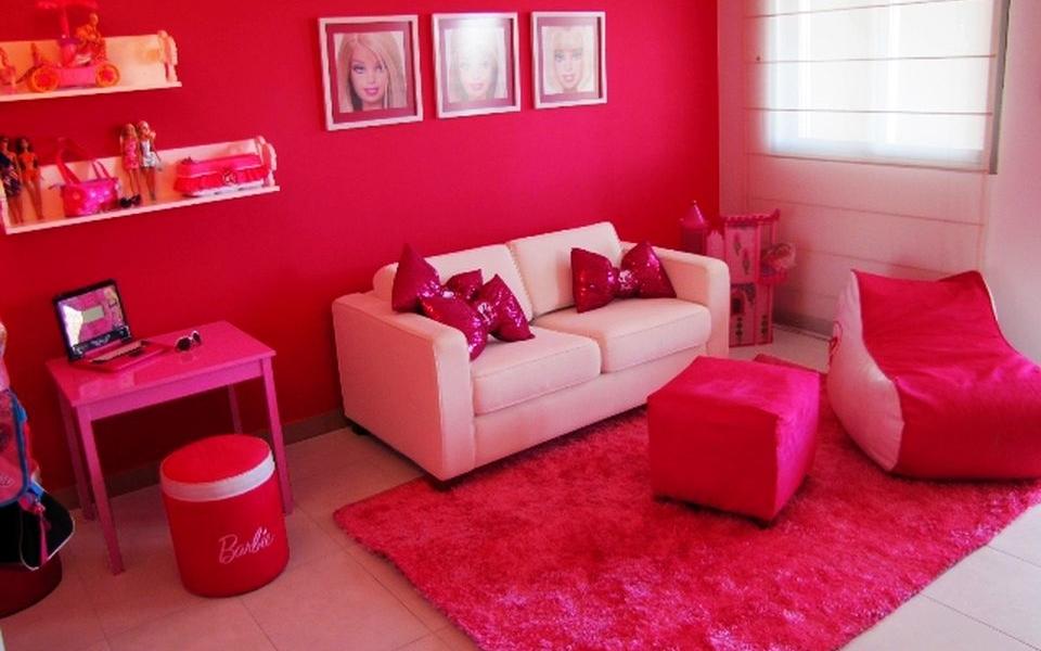 Barbie-themed Hotel Room