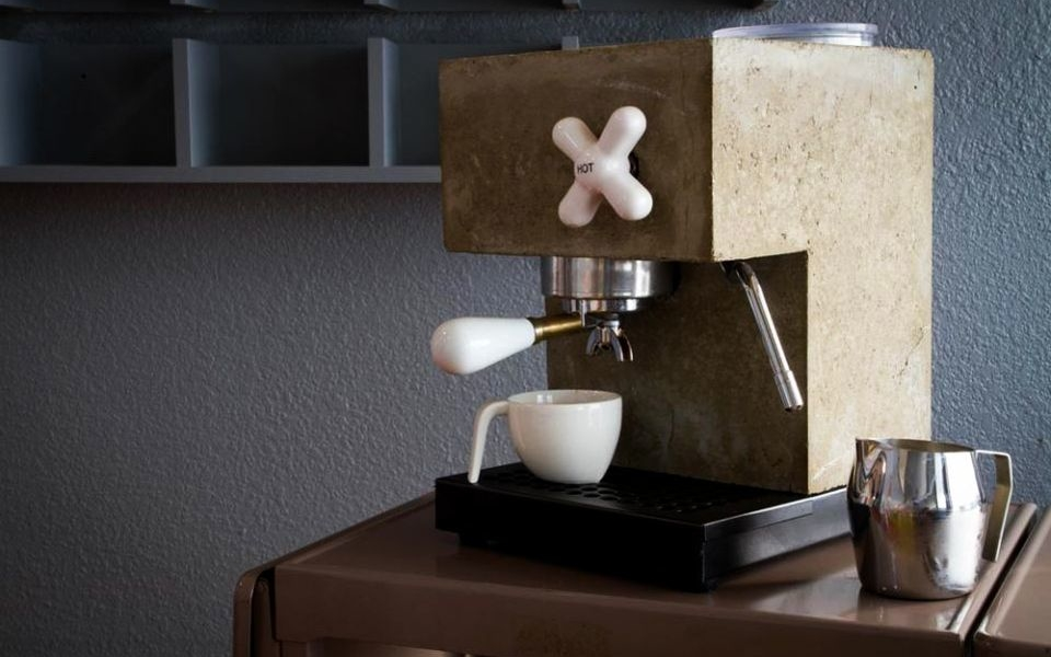 Anza Coffee Machine by Montaag