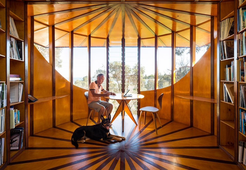 Cylindrical Treetop Studio by Max Pritchard