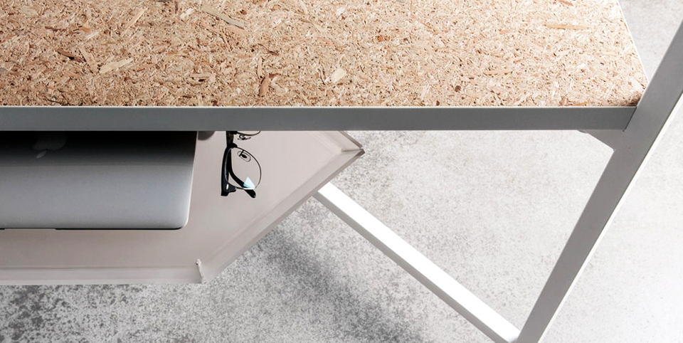 Hub Desk by Fantoni