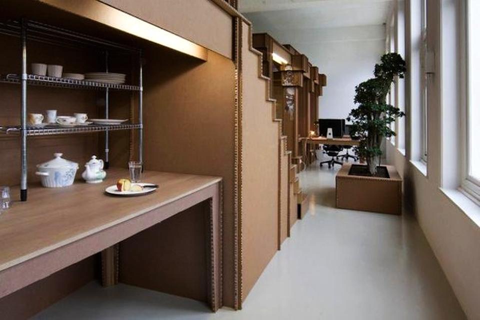 Nothing's-Office-Space-Made-From-Cardboard-by-Joost-van-Bleiswijk