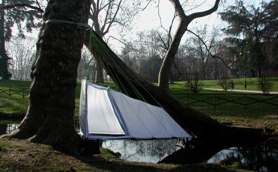 Branch-Tent-by-Jan-Kochanski