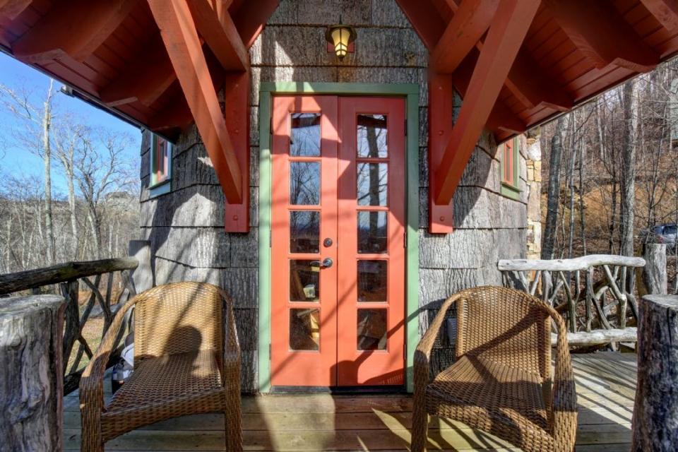 Hobbit House in Western North Carolina