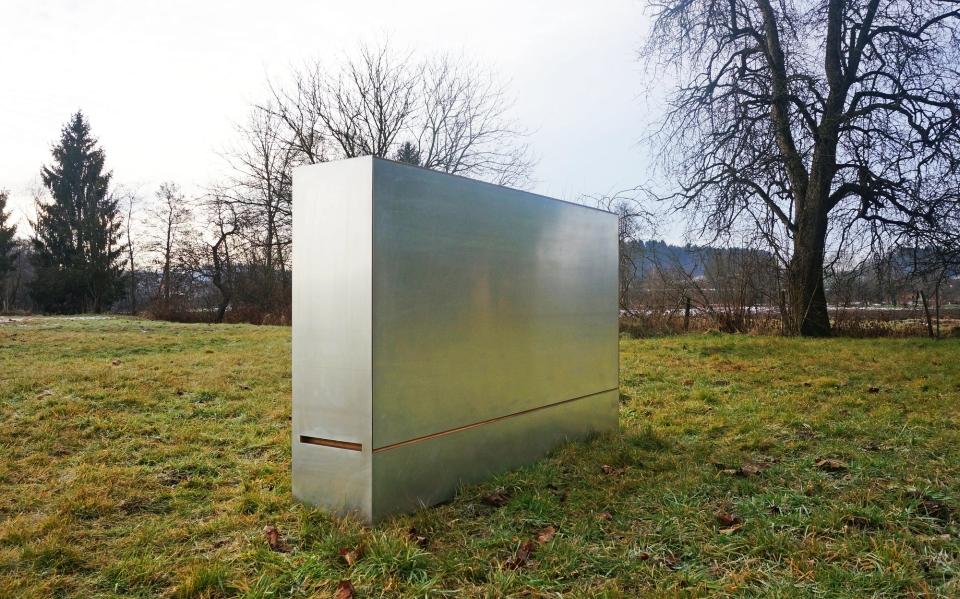 Travelbox by Stefan Juust
