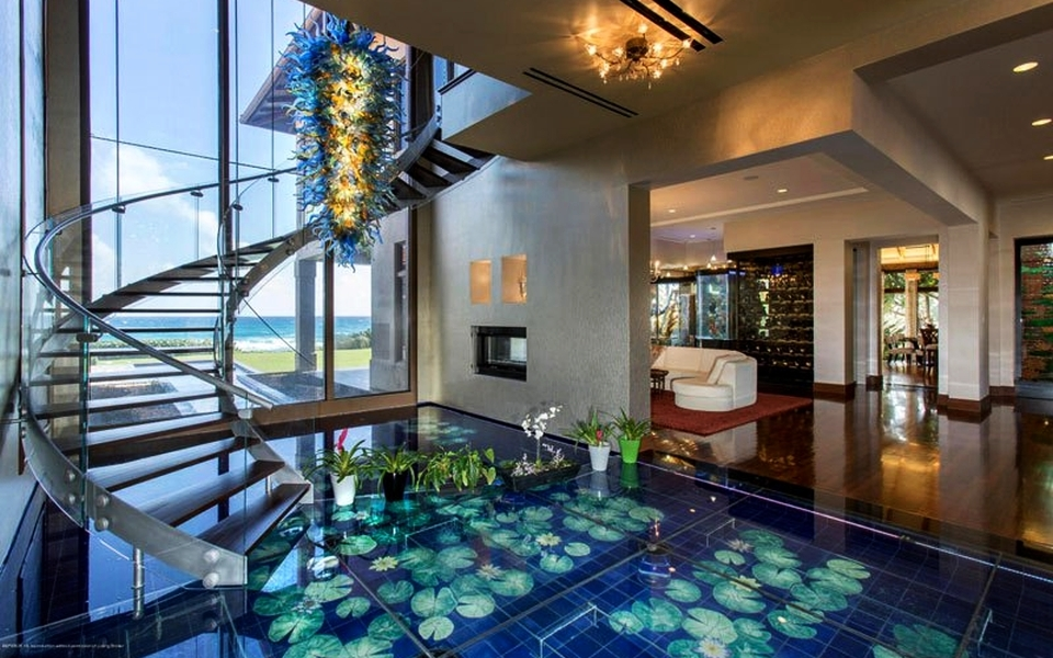 Acqua Liana Ocean Front Estate by Frank McKinney