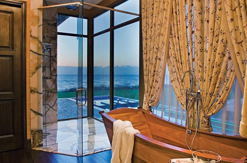 Acqua Liana Ocean Front Estate by Frank McKinney