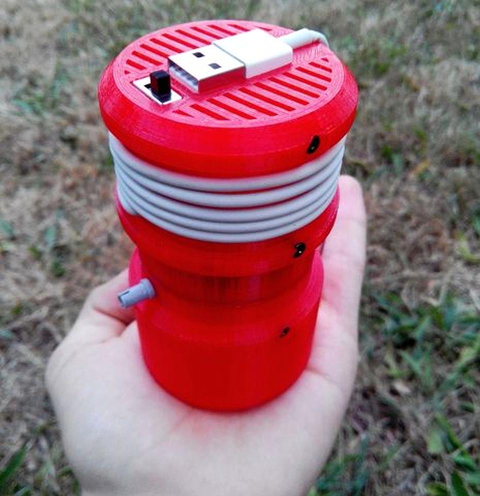 DIY 3D printed mini USB vacuum cleaner