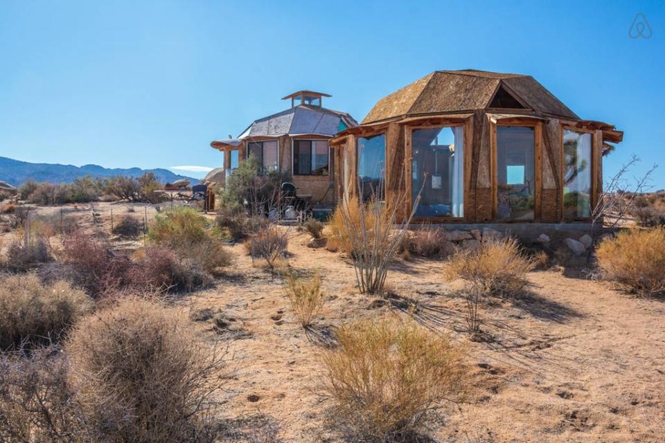 Dragonfly Desert Retreat