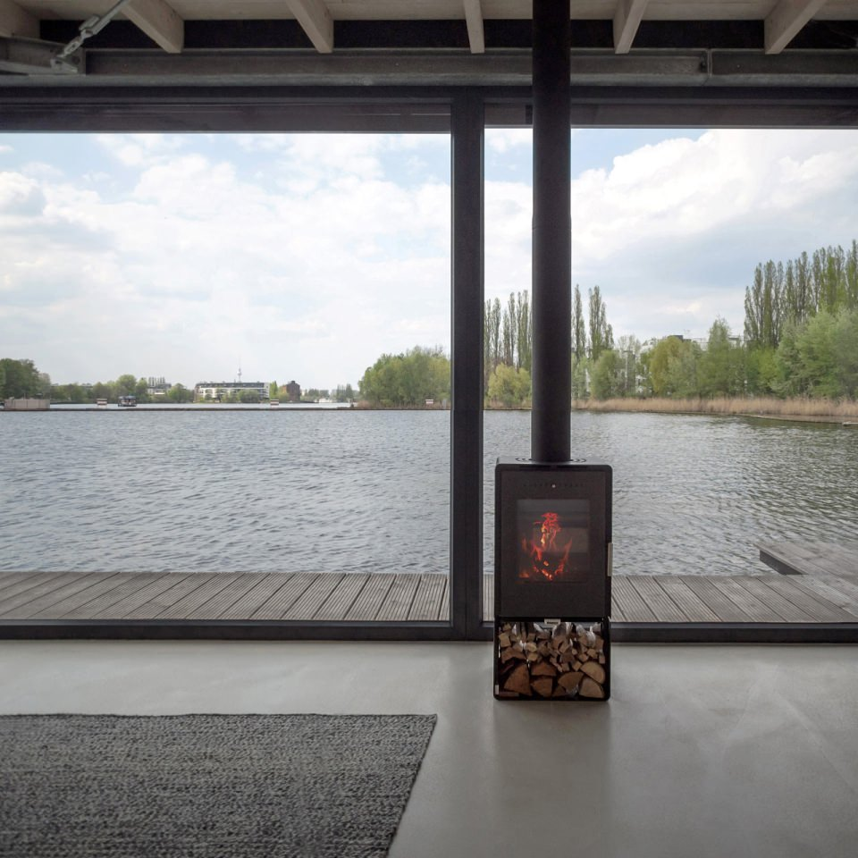 Fireplace to keep the boathouse warn in winters and air conditioning for summer time