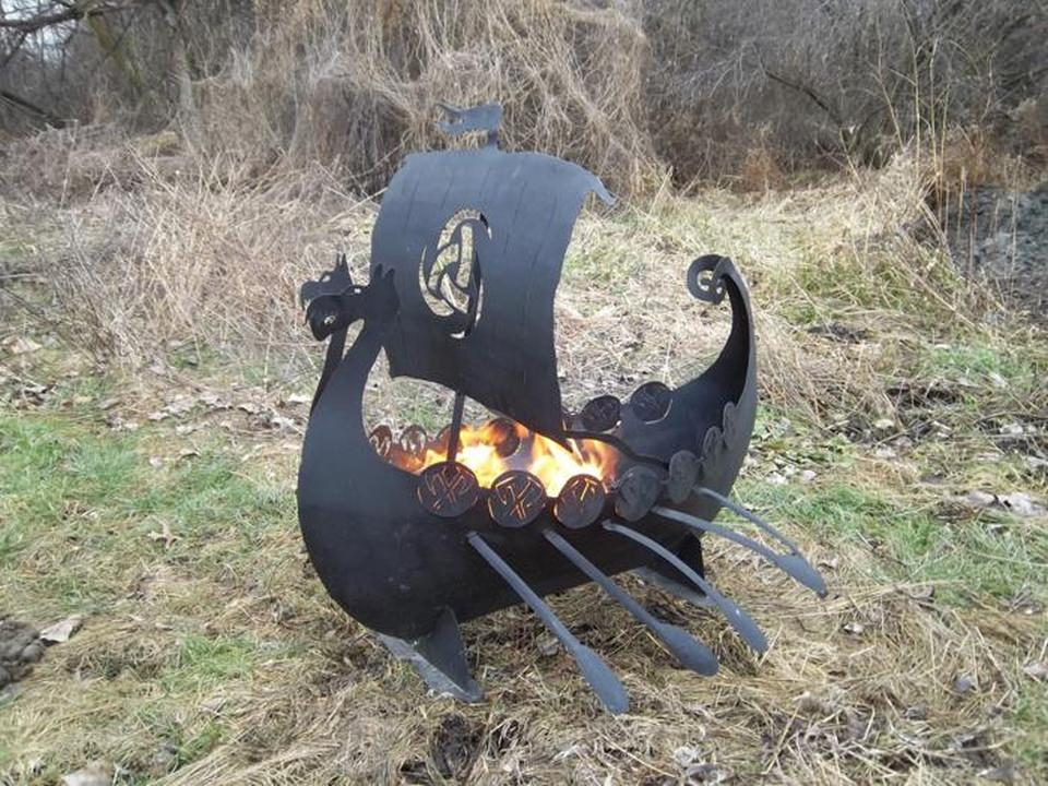 The fire pit will add masculine feel to your backyard