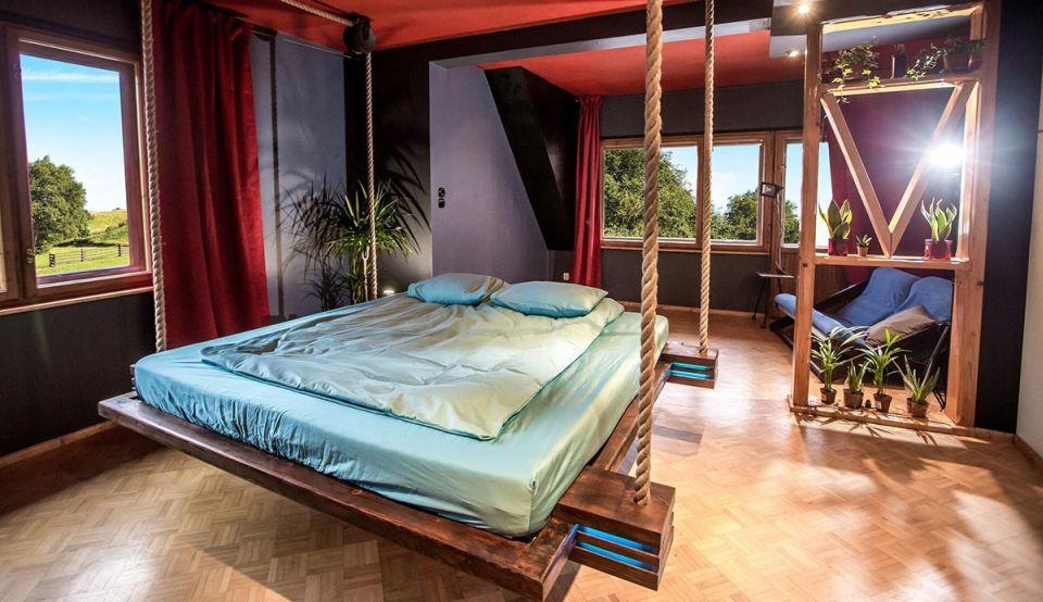 Hanging Beds by Wiktor Jazwiec