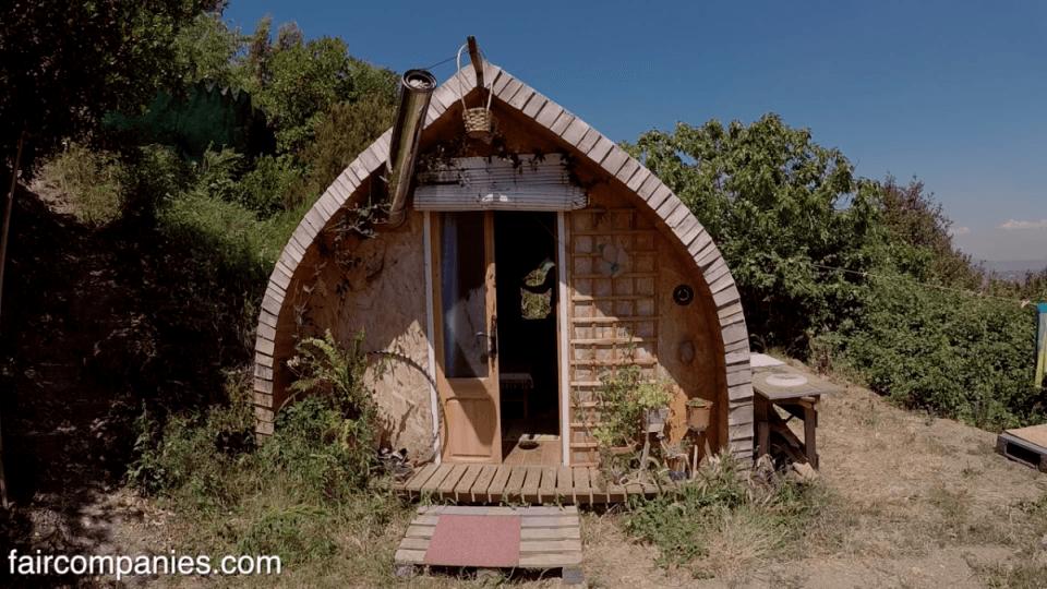Semi-mobile House